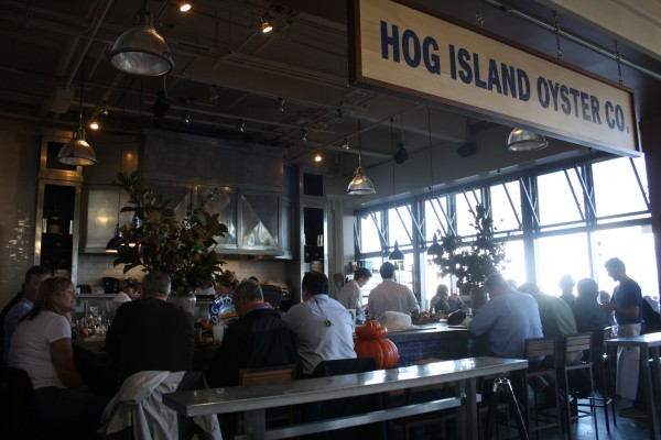 The bar at Hog Island Oyster Co. San Francisco