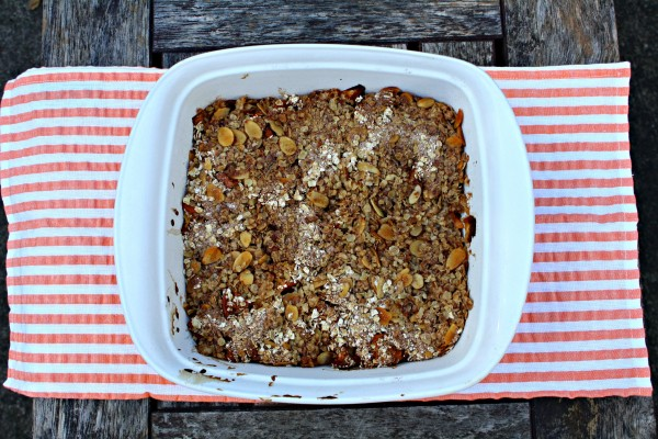 Breakfast Crumble with No Added Sugar