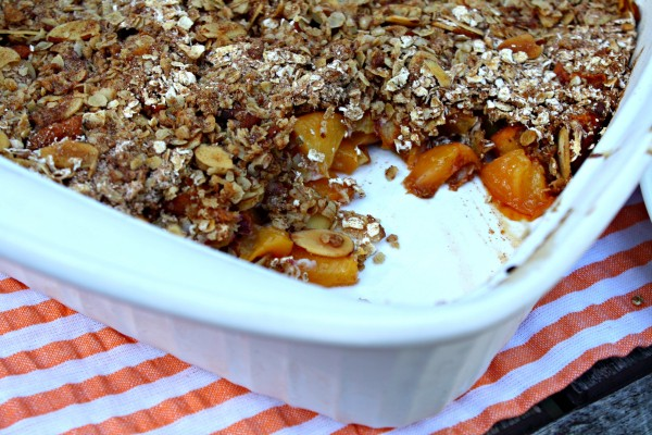 Low Sugar Peach Crumble
