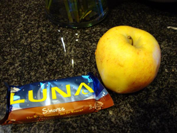 Luna and Apple